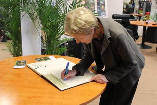 Michèle PERROT